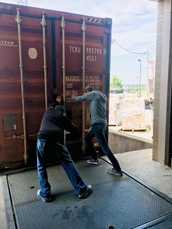 Closing Container
